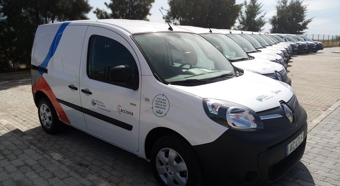 ACCIONA incorporates 12 zero-emission vehicles for sanitation management in Algarve, Portugal