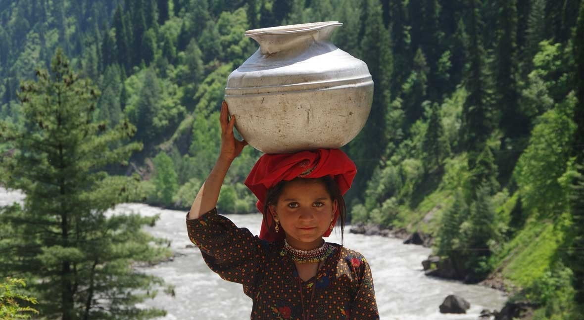 Covid-19 and the water crisis in India: wakeup call for clean water