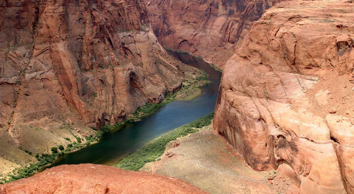 Diminishing water flow in the Colorado River raises risk of water shortages