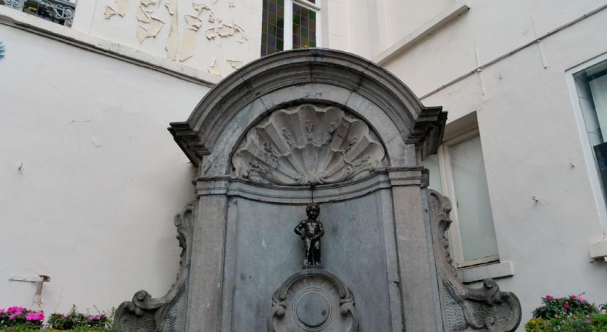 Manneken Pis has been wasting drinking water, but no longer
