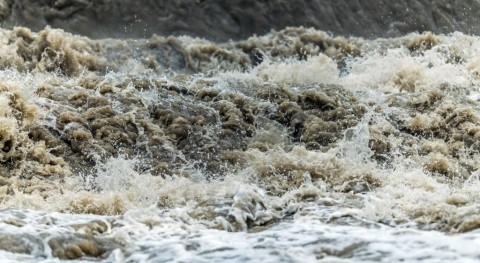 Disastrous floods: how to better estimate risks and reduce impacts?