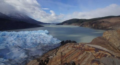 Using satellites to measure rates of ice mass loss in glaciers