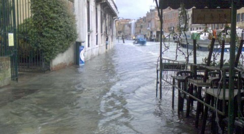 Severe flooding in Venice due to climate change, says mayor