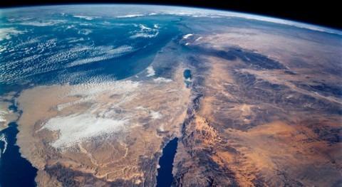 New study solves mistery of salt buildup on bottom on Dead Sea