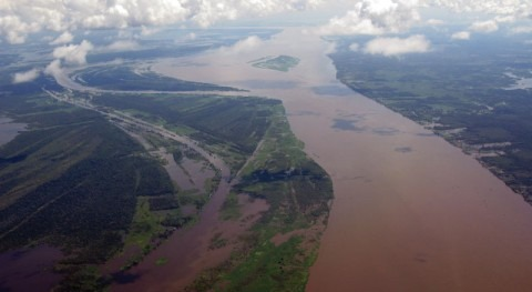 What is the longest river in South America?