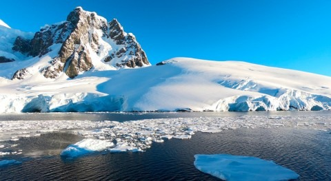 Sea level rise: West Antarctic ice collapse may be prevented by snowing ocean water onto it