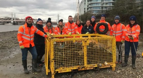 River Thames clean-up reveals rubbish which ends up on the riverbank