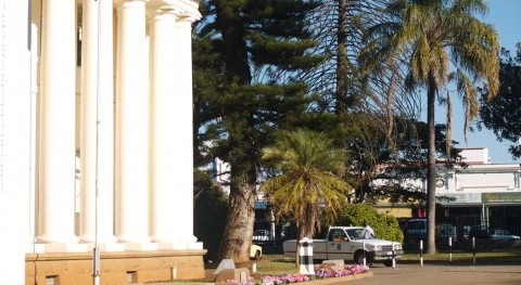 The city of Bulawayo (Zimbabwe) will recycle water polluted with sewage to address water shortages