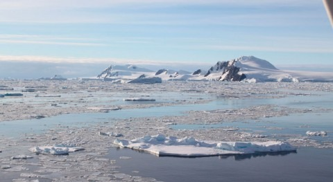 To predict the future of polar ice, environmental scientists are looking to the past