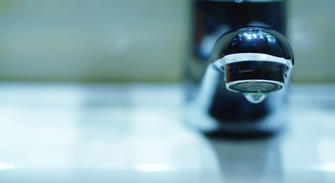 Water watchdog calls on all UK companies to adopt compensation changes