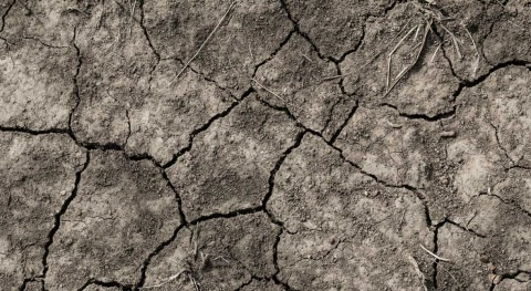 From severe flooding to drought conditions in matter of weeks