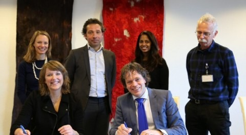 Dutch Development Bank and WWF agree to develop bankable water projects in Myanmar and Zambia
