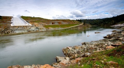 DWR plans to use Oroville main spillway in April