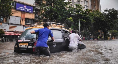 Caught by deluges and droughts, India's cities look to become climate smarter