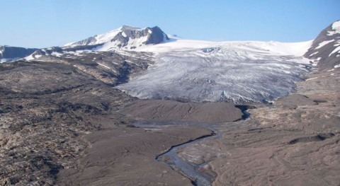 Glacier sediments act as sponge for contaminants