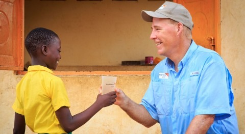 """Greg Allgood (World Vision):""""When we bring in clean water, we see it transform entire communities"""""""