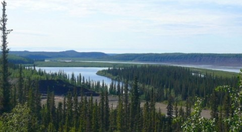 What is Canada's longest river?