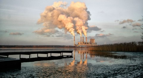 Engineers find way to turn water pollution into valuable chemicals