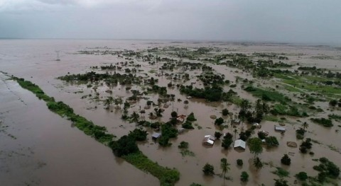 "Mozambique cyclones are ""wake-up call,"" says WMO"