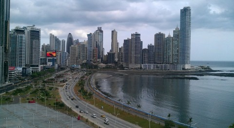 IDB supports water, sanitation and energy reforms in Panama