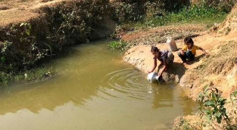 Longer dry season shrinks water supply for Rohingya refugees to critical levels
