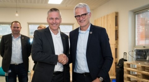 Siemens and Grundfos sign digital partnership to tackle global water challenges and save energy