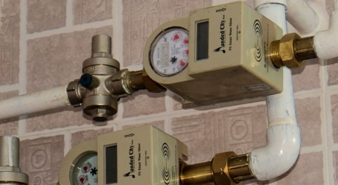With 400M smart water meters set up worldwide by 2026, scalable meter data management is crucial