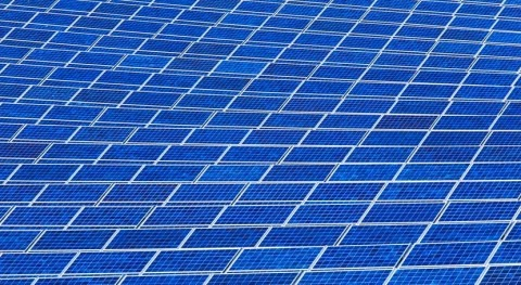 PUB and Sembcorp sign 25-year agreement to build Singapore's largest floating solar system