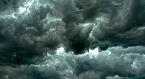 Stanford scientists solve mystery of icy plumes that may foretell deadly supercell storms