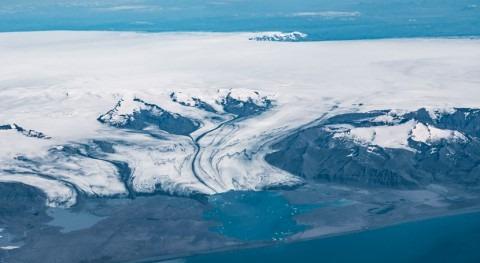 Microplastics found in Europe's largest ice cap