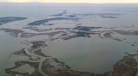 Study reveals polarization dynamics of coastal wetlands in Northeast Italy from 1984 to 2016