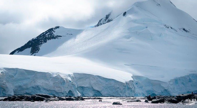 Antarctica heads for tipping point by 2060, with catastrophic melt if CO2 emissions aren't cut