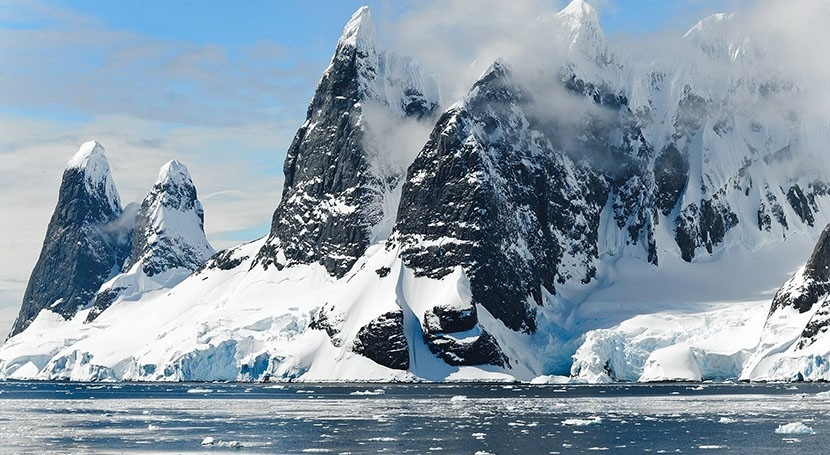 Antarctica's ice melt isn't consistent, new analysis shows
