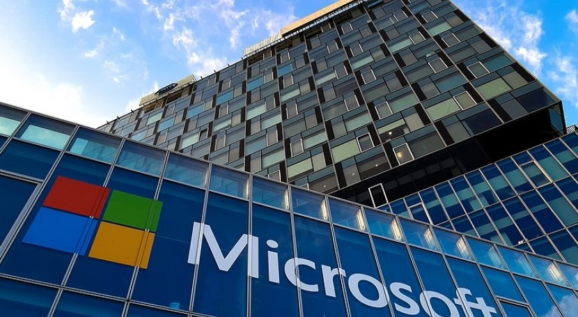 What is Microsoft doing to improve its water footprint?