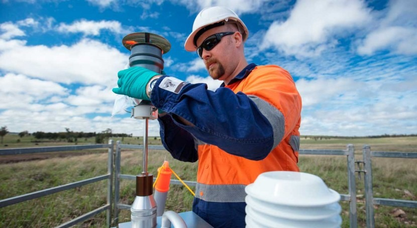 Hydraulic fracturing impacts on air quality, soils, groundwater and waterways