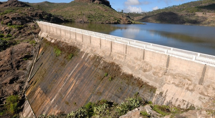 Construction of large dams in the Canary Islands: lime and cement mixed mortar