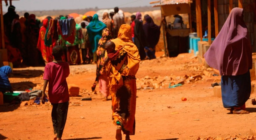 Drought and conflict displace quarter of million people in Somalia