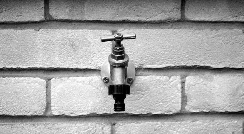 Lawmakers suggest banning water service disconnections as part of COVID-19 response