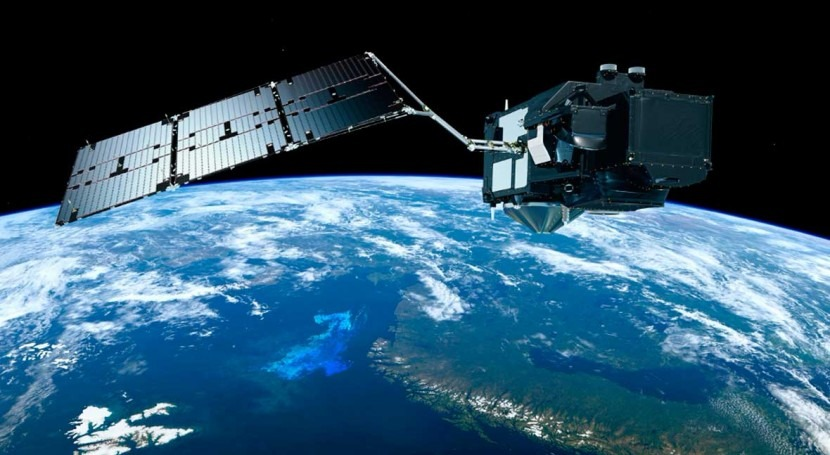 Observing phytoplankton via satellite