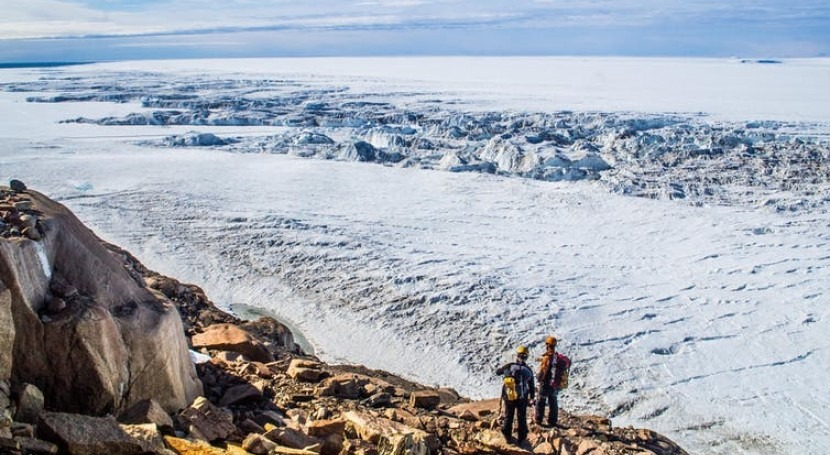 Antarctica's largest floating ice shelf is highly sensitive to warming of the ocean