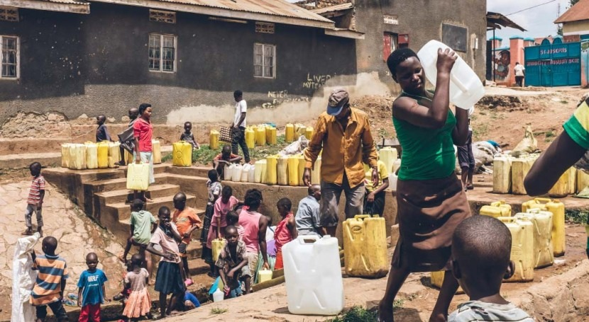 Estimating domestic self-supply groundwater use in urban continental Africa