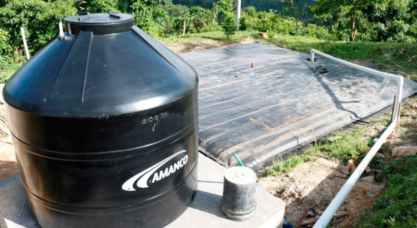 Implementing rainwater harvesting systems with geomembrane bag in Honduras and Salvador