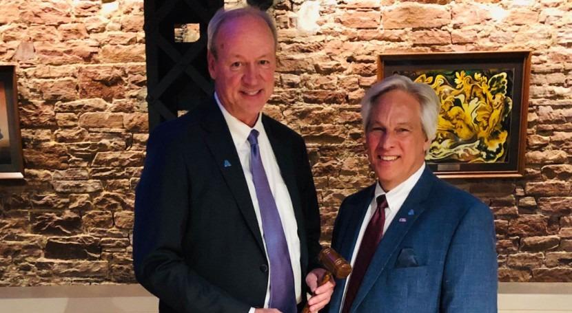 Jim Williams of Indiana takes gavel as AWWA president