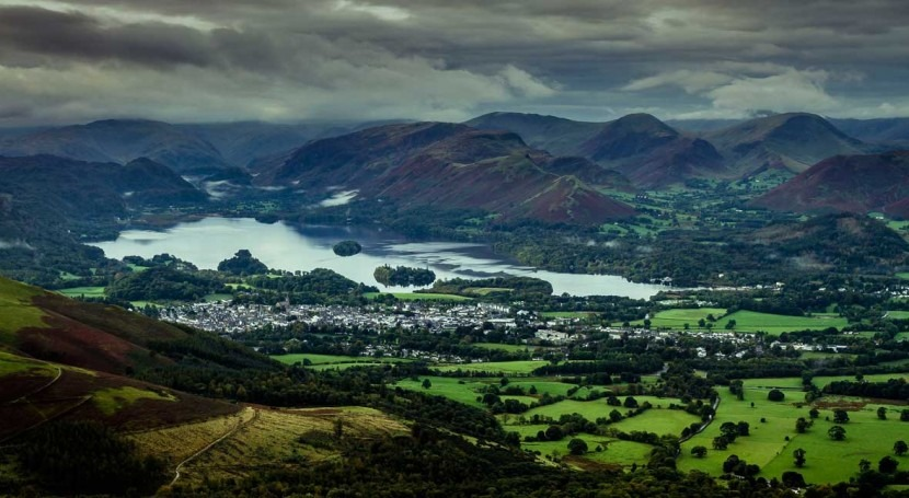 Warming trend revealed in eight decades of Cumbrian lake temperature records, UK