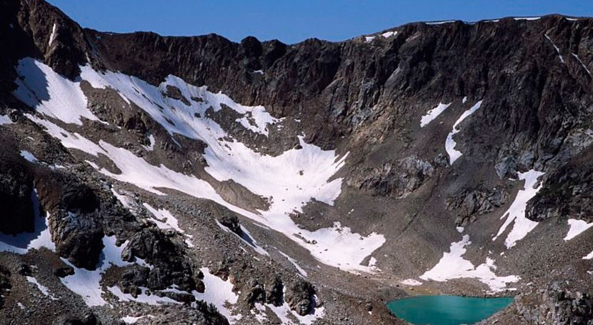 Warming climate threatens microbes in alpine streams