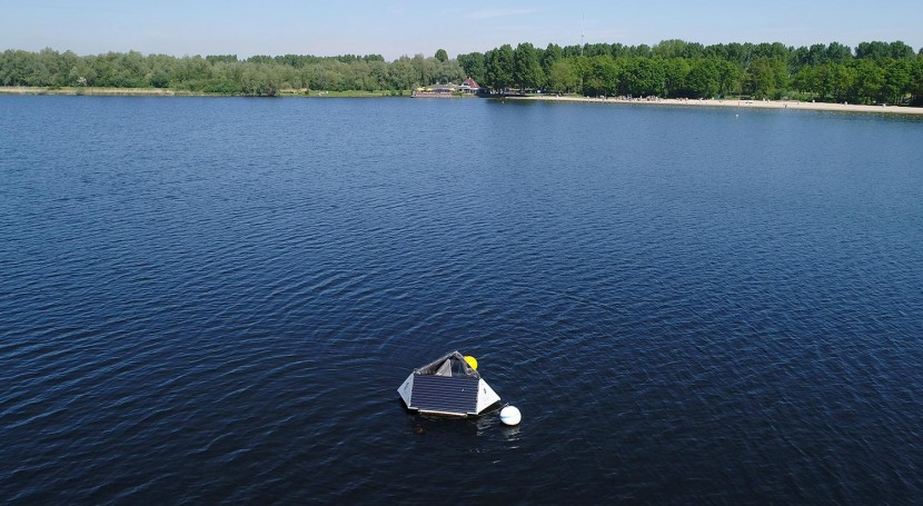 Monitor water quality and algae with LG Sonic monitoring buoy