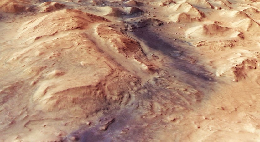 Water played key role in sculpting Mars
