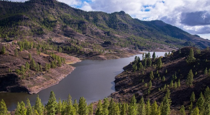 brief history of the construction of large dams in Gran Canaria