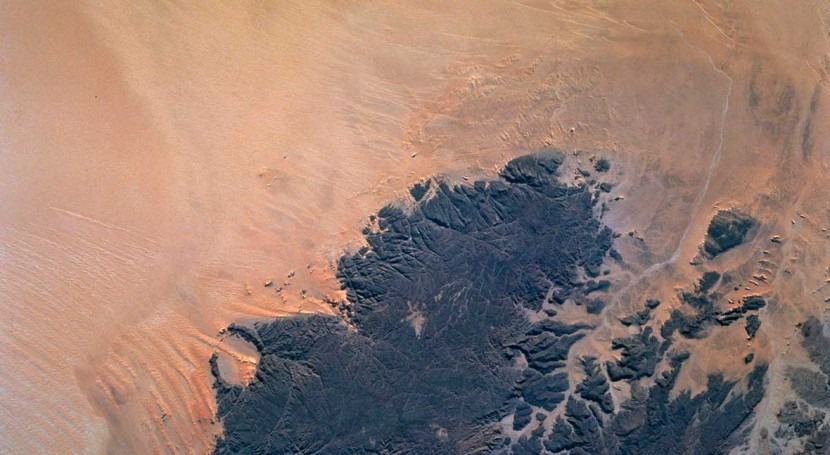Partnership between US-Qatar aims to find buried water in Earth's deserts