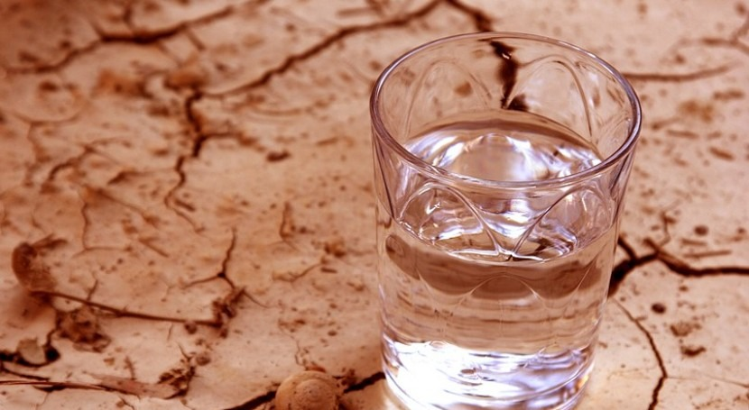 UK 'needs to work together' to prevent water shortages